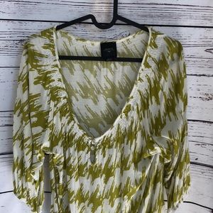 Anthro Deletta green ivory flowy top